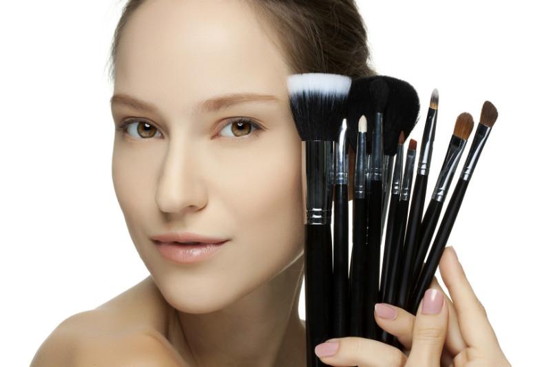Лучшие профессиональные кисти для макияжа, купить