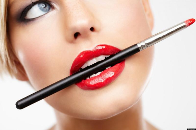 Профессиональная декоративная косметика для макияжа губ: интернет магазин VioShop